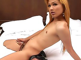 Watch ladyboy in the making jerking off